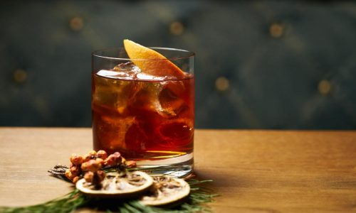 5 Tips to Rock the Cocktail Game at Your Holiday Party