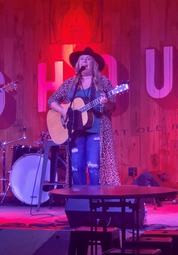 Bailey Rae at Ole Red Tish
